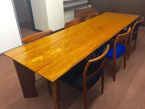 アサメラ テーブル
